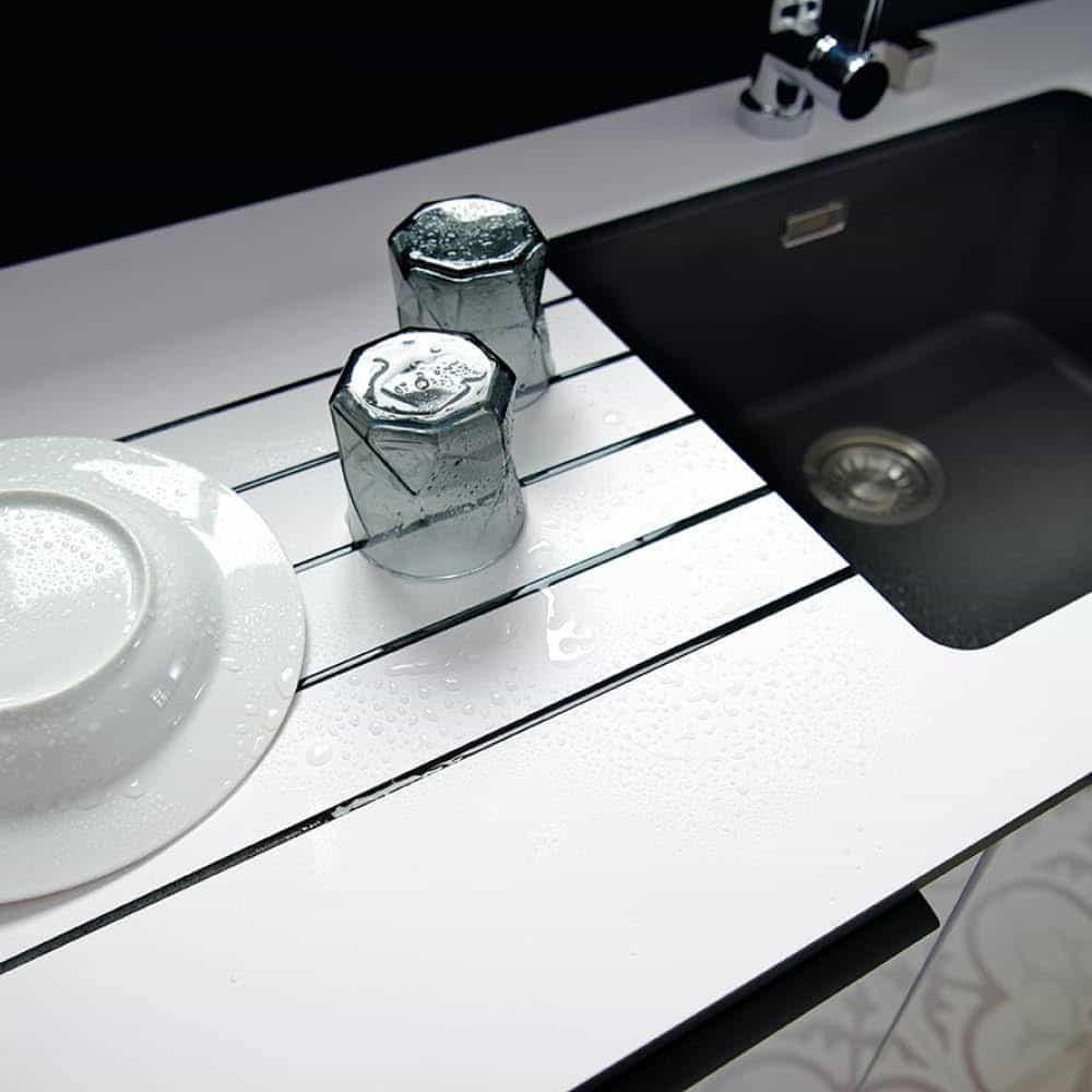 Køkkenbordplade i laminat