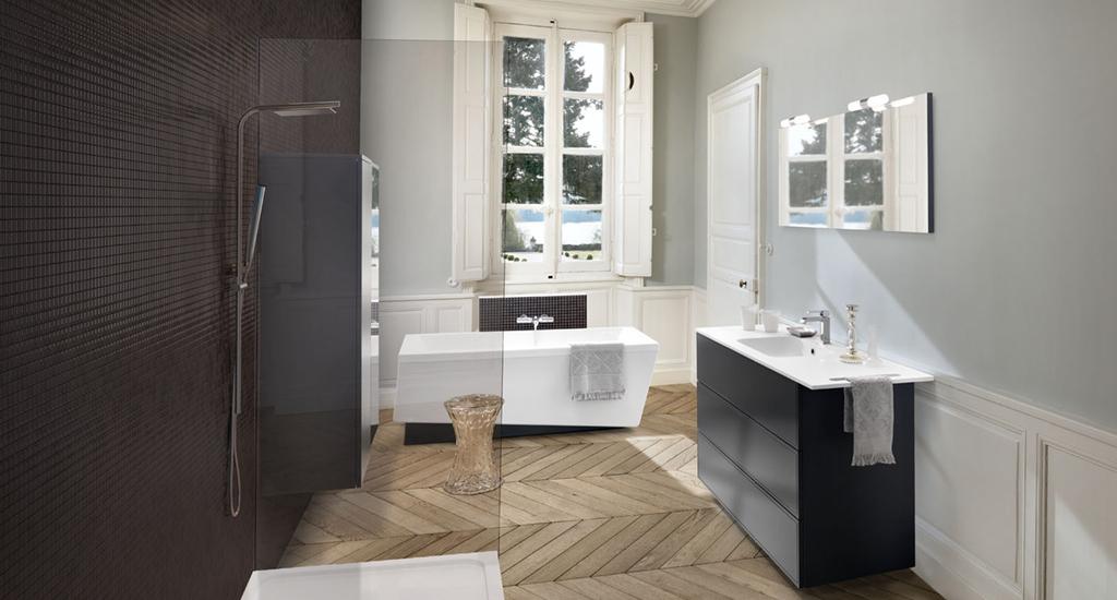 badeværesle i sort med glasvæg